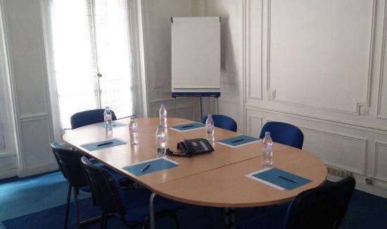 Location de salle de réunion - Rue de Téhéran - Paris 8